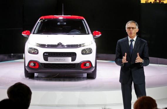 Carlos Tavares, président du conseil de direction de Peugeot Citroën, a présenté la nouvelle C3. (REUTERS)