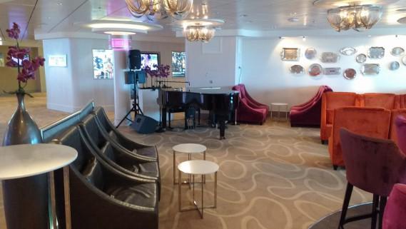 Voici l'un des lieux de travail de Claude Côté, qui est pianiste sur les bateaux de croisières. (Photo courtoisie)