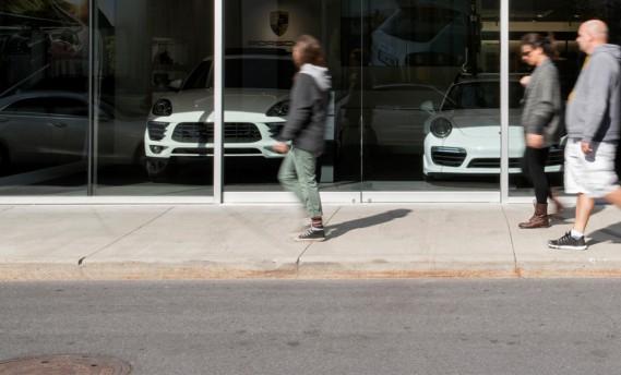 La Boutique Porsche Rive-Sud. (La Presse Marco Campanozzi)