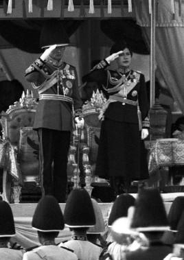 Le roi et la reine, à Bangkok, en décembre 1989. (photo Apichart Weerawong, archives REUTERS)