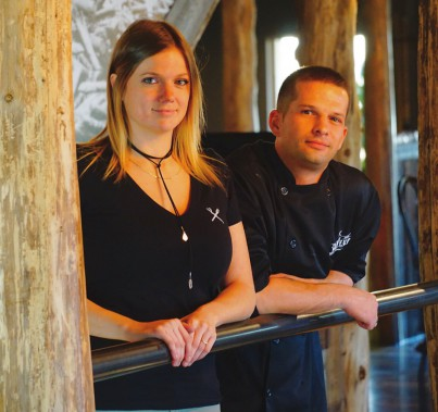 Marie-Ève Blackburn, propriétaire et Simon Côté, chef exécutif Le Draveur Cookerie & Bar, Roberval. (Le Draveur)