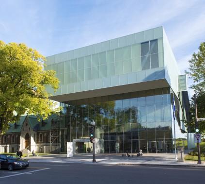 Dans la catégorie Construction neuve, le pavillon Pierre Lassonde du Musée national des beaux-arts du Québec, au 171-179, Grande Allée Ouest, dans l'arrondissement de La Cité-Limoilou (Photo fournie par les Mérites d'architecture)