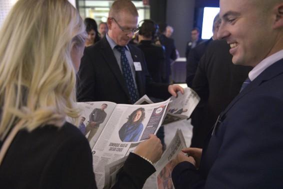 Maxime Roy, vice-président de l'entreprise Roy et Benot (K-Trail), qui prend connaissance du cahier spécial du <i>Soleil </i>«Chaudière-Appalaches - Fierté d'entreprendre». (Le Soleil, Yan Doublet)