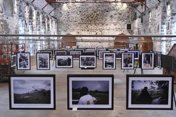 C'est entre les murs centenaires du Bâtiment 1912 que sera présentée l'exposition L'autre Colombie, laquelle réunit des photographies captées par la Française Nadège Mazars. On pourra la voir du 3 au 27 novembre, dans le cadre du Zoom Photo Festival Saguenay. (Photo Le Quotidien, Michel Tremblay)