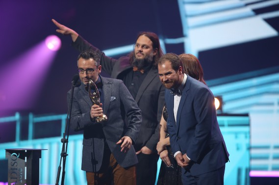 Les Cowboys fringants, qui célèbrent 20 ans de carrière, sont allés cueillir le prix du meilleur album rock, pour<em>Octobre</em>, leur neuvième opus. (La Presse, Martin Chamberland)