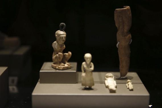 Objets funéraires(VIe-IVe siècles av. J.-C.) découvert dans la région méridionale de Saida (AFP, Joseph Eid)