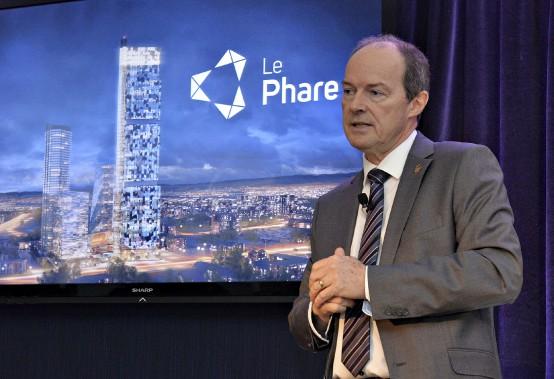 Le président du conseil et chef de la direction de Groupe Dallaire,Michel Dallaire, a présenté mardi la nouvelle mouture du projetdu Phare de Québec. (Le Soleil, Patrice Laroche)