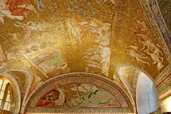 La mosaïque du hall est une création de l'artiste Barry Faulkner, en 1927. (Patrick Woodbury, Le Droit)