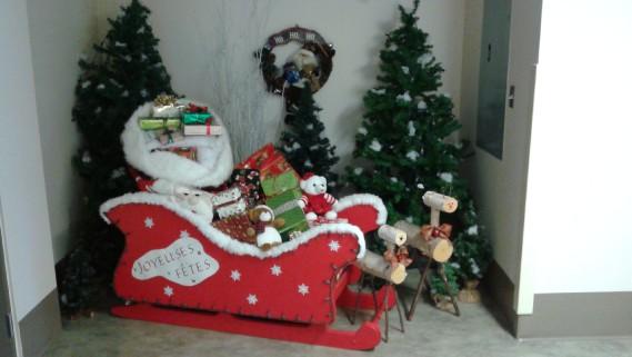 La magie de Noël préparée par le comité de décoration et les bénévoles du centre d'hébergement Résidence Ste-Marie à Jonquière, pour le plus grand plaisir des résidents et des familles. (Comité de décoration et les bénévoles du centre d'hébergement Résidence Ste-Marie à Jonquière)