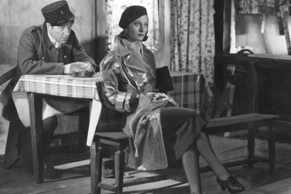 Michèle Morgan et Jean Gabin playing dans <em>Quai des brumes</em> de Marcel Carné. (PHOTO ARCHIVES AFP)