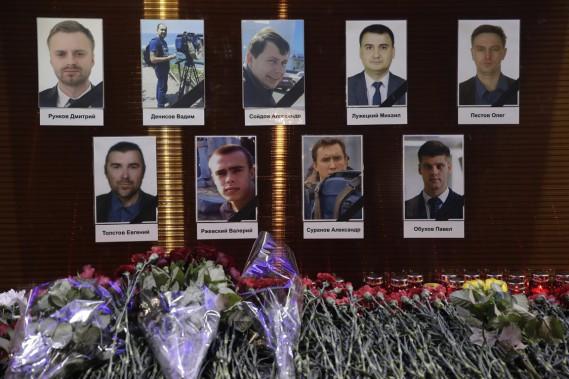 Neuf journalistes ont perdu la vie dans l'écrasement. (PHOTO AP)