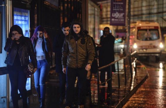 De 700 à 800 personnes se trouvaient dans la discothèque au moment des événements. (AP)
