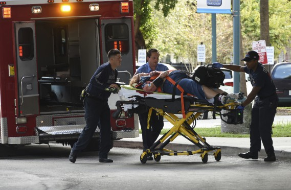 Les blessés ont été évacués vers le centre hospitalier Broward Health. (AP, Taimy Alvarez)