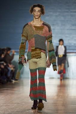 Un modèle présente une création deVivienne Westwood. (AFP)