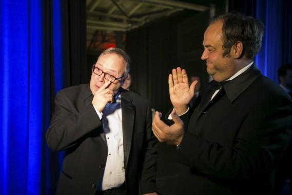 André Beauchesne a été honoré pour ses 30 années d'implication au sein de la Corporation Sport-Hommage Mauricie. L'émotion était palpable. (Olivier Croteau)