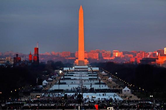 Des centaines de milliers d'Américains étaient attendus sur le National Mall. (Photo Carolyn Kaster, AP)