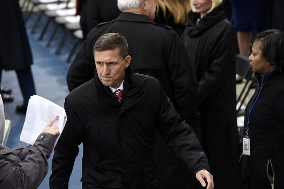 Le général à la retraite et conseiller sur les questions de sécurité nationale Michael Flynn à son arrivée à la cérémonie d'investiture. (PHOTO SAUL LOEB, AFP)