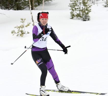 Mei-Anne Girard a remporté le 15 km féminin dans la catégorie junior. (Le Progrès-Dimanche, Rocket Lavoie)