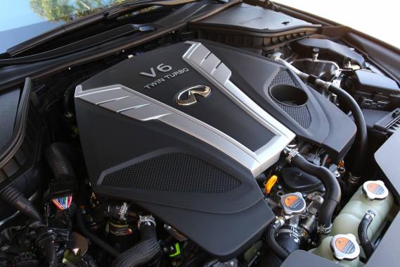 Le moteur de l'Infiniti Q60 (Photo fournie par Infiniti)