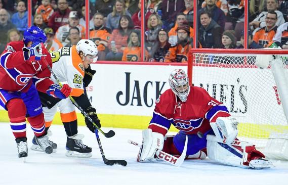 L'ancien du Canadien, Dale Weise, a bien tenté de déjouer les services de Carey Price en deuxième période, mais sans succès. (Photo Eric Hartline, USA Today Sports)
