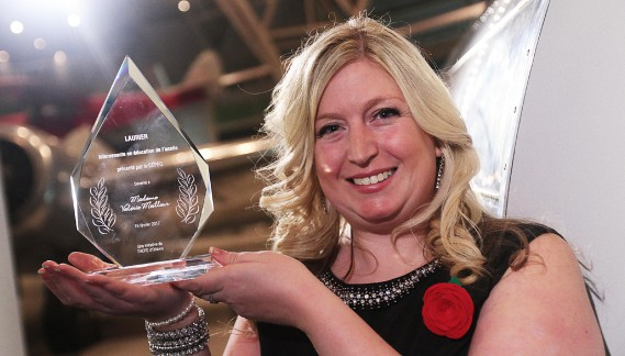 Le prix de l'Intervenante en éducation de l'année a été décerné à Valérie Meilleur, enseignante à l'école Elisabeth-Bruyère. (Étienne Ranger, LeDroit)
