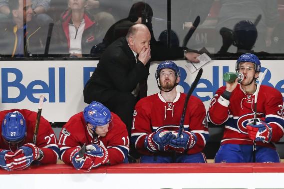Retour de Claude Julien derrière le banc du Canadien dans une défaite de 3-1 contre les Jets. (photo Robert Skinner, La Presse)