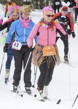 Les participants affichaient de grands sourires aux lèvres lors des Défis nordiques. (Andréanne Lemire)