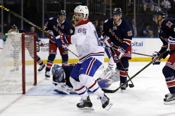Andrew Shaw a ouvert la marque pour le Canadien en première période. Un but, son huitième, que le joueur était bien heureux d'inscrire! (Photo Adam Hunger, USA Today Sports)