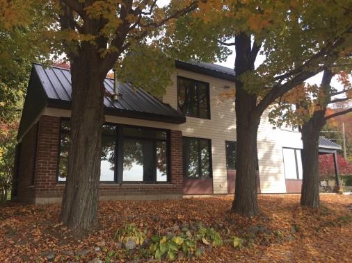 Une maison d 39 amour longuement pens e alexandra perron for Recouvrement beton exterieur