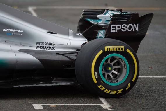 Vue de la partie arrière de la Mercedes W08 EQ Power+, lors de la présentation de la nouvelle voiture de F1.<br /><br /> (AFP)