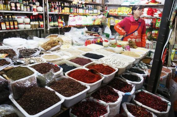 Les marchés regorgent d'épices, dont certaines sont très relevées. (PHOTO SYLVAIN SARRAZIN, LA PRESSE)