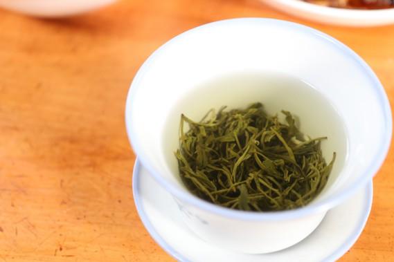 Les maisons de thé sont de véritables institutions pullulant aux quatre coins de la cité. (PHOTO SYLVAIN SARRAZIN, LA PRESSE)