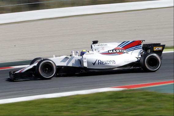 1er jour d'essais sous le signe de Mercedes à Barcelone