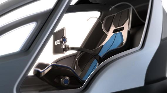 <strong>Vol autorisé</strong> Connecté en permanence à un centre de contrôle, ce véhicule autonome peut être convoqué avec une appli téléphonique à partir de laquelle le parcours peut être déterminé. Seule une tablette à bord fait office d'écran de navigation. Le prix de ce drone n'a pas encore été divulgué. Mais l'administration de Dubaï a donné son feu vert à cet engin dans les airs. Un service de taxis-drones devrait y... (La Presse)