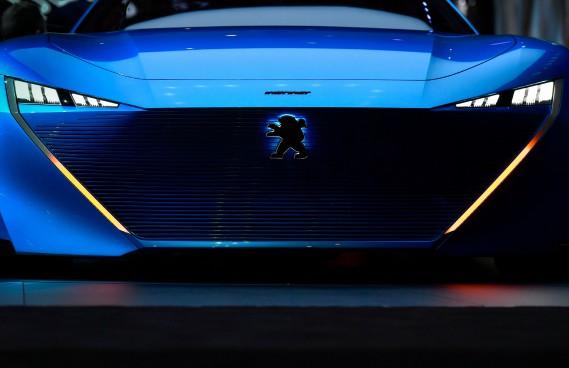 Le prototype Peugeot Instinct. (AFP)