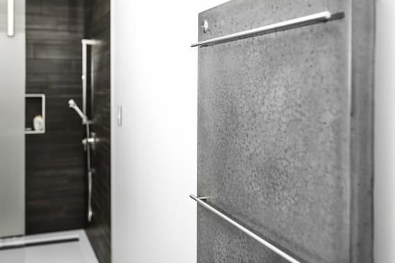 Béton Multi Surfaces crée aussi des chauffe-serviettes en béton. (Béton Multi Surfaces)