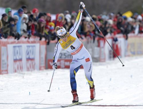 Chez les femmes, Stina Nilsson a devancé sa grande rivale norvégienne, Maiken Caspersen Falla, par 42centièmes de seconde en finale du sprint. Cette dernière a toutefois mis la main sur le Globe de cristal de la spécialité grâce à sa médaille d'argent. (Le Soleil, Yan Doublet)