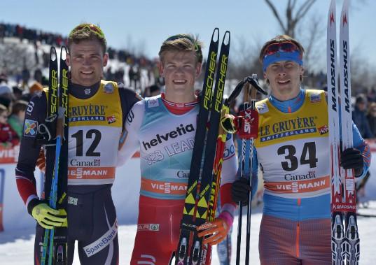 De gauche à droite, les médaillés chez les hommes : le NorvégienNiklas Dyrhaug (argent), le Norvégien Johannes Klaebo (or) et le RusseAlexander Bessmertnykh (bronze) (Le Soleil, Yan Doublet)