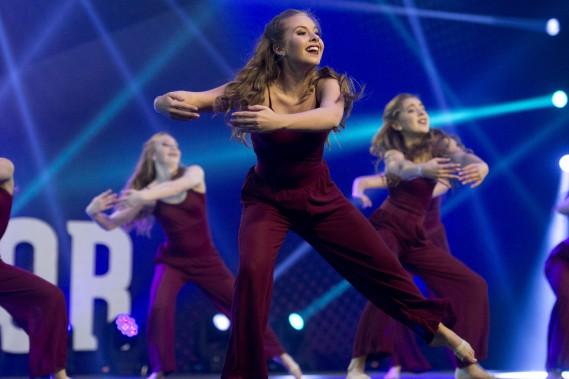 La coordination des équipes de danse est un élément essentiel qui a su faire vibrer la foule. (Martin Roy, Le Droit)