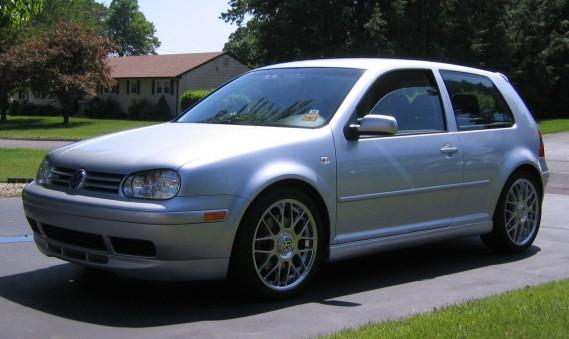 <strong>Sa première auto</strong> Une Golf GTi 2003 achetée en 2008. (Photo Wikipédia)