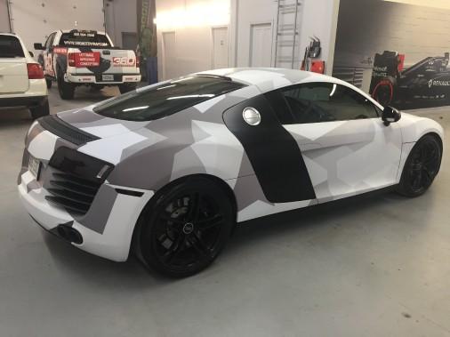 <strong>L'auto de ses rêves</strong> «Plus jeune, j'ai toujours rêvé de l'Audi R8. On peut donc dire que je conduis actuellement l'auto de mes rêves.» (Photo fournie par Sébastien Toutant)