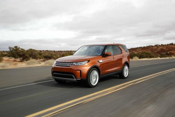 La majeure partie des propriétaires de 4x4 n'a jamais ou si peu éprouvé la nécessité de patauger dans la gadoue ou de plonger dans un cours d'eau. Dommage! La cinquième génération du Land Rover Discovery conserve malgré ses allures endimanchées l'âme d'un aventurier. (Photos : Jaguar-Land Rover)