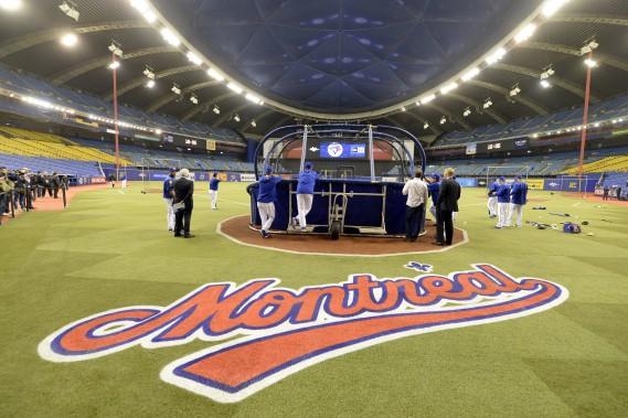 L'espace de deux jours, le Stade olympique et le baseball se retrouvent, nous rappelant les belles années des Expos. (Photo Bernard Brault, La Presse)