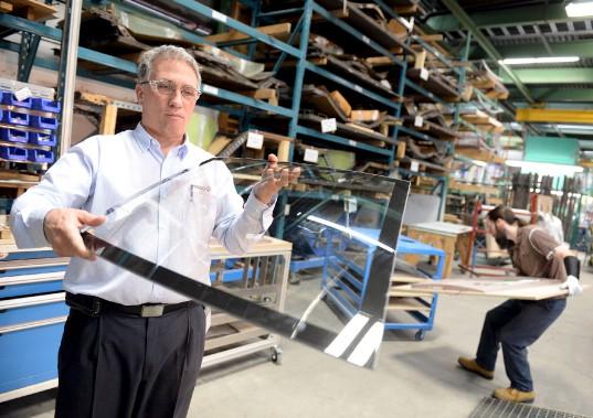 Prelco est spécialisée dans la fabrication de verre. (Le Soleil, Erick Labbé)