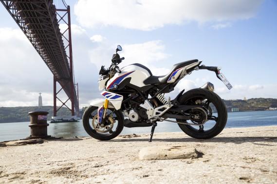 L'été est à nos portes. La BMW G310R est une des nouvelles motos qu'on verra sur nos routes d'ici peu. (Photo : BMW)