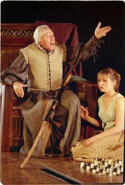 Paul Hébert interprétant Prospero dans <em>La tempête</em>,deShakespeare, mise en scène par Robert Lepage. (Archives Le Soleil)