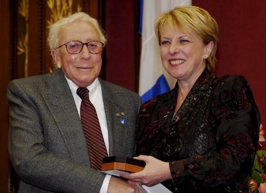 Paul Hébert et Christine St-Pierre, lors de lacérémonie de remise des Prix du Québec en 2007 (Photothèque Le Soleil, Patrice Laroche)