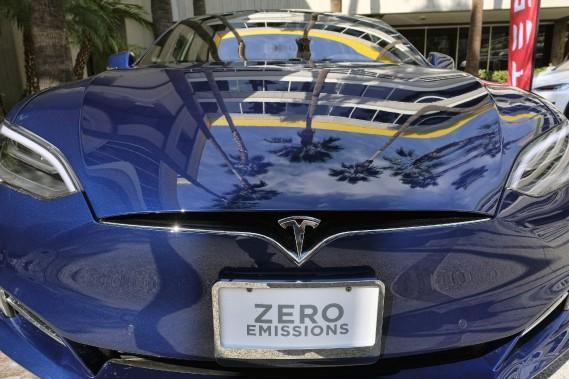 Tesla creuse ses pertes à 330 millions, mais rassure sur la production du Modèle 3