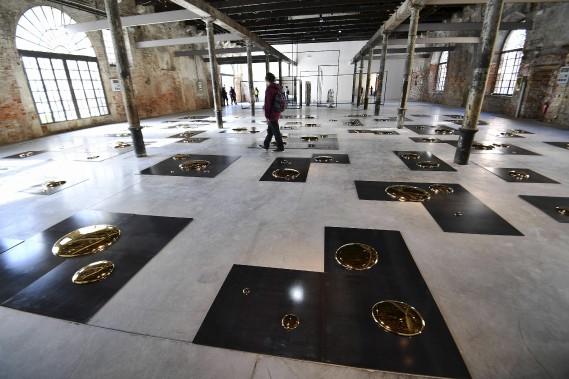 <em>A Square</em>, du Chinois Liu Jianhua (AFP, Vincenzo Pinto)