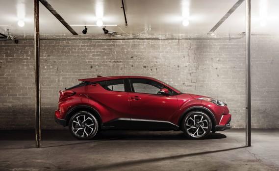 Toyota C-HR 2018 ()